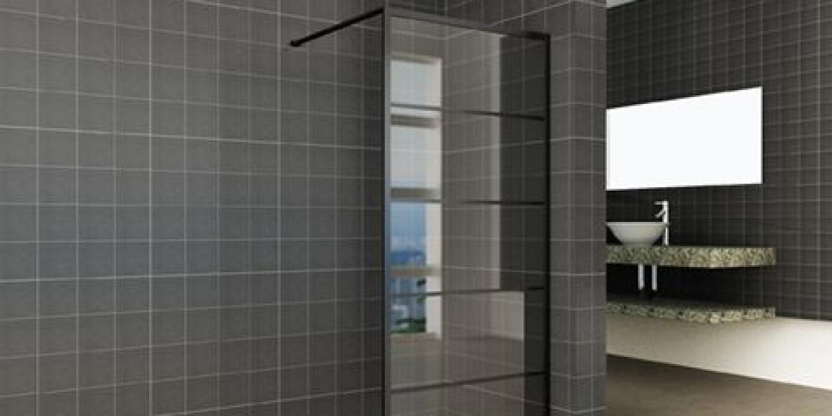 Horizon walk-in shower with black frame
